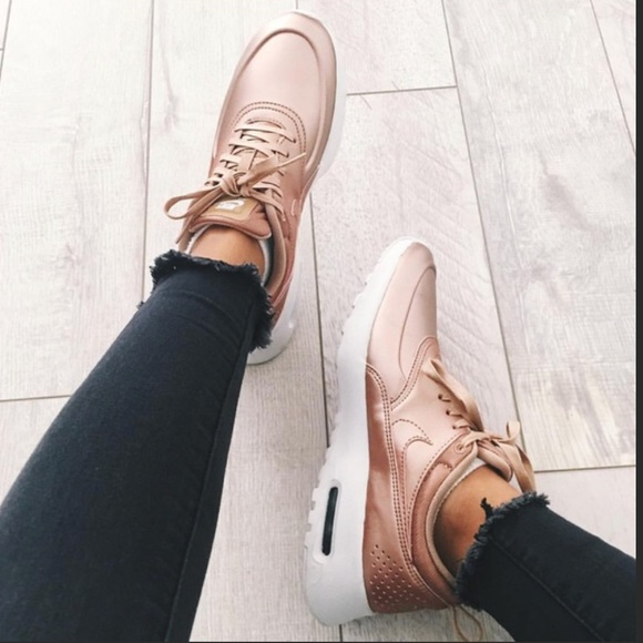 Rose Gold Women's Nike Air Max Thea Shoes Size 8.5